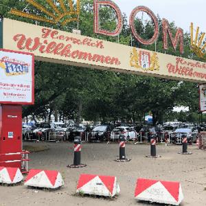 Poller für den Sommerdom von Hansa Baustahl